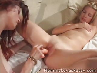 OMG Misty Loves Mature pussy